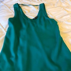 Express emerald green tank